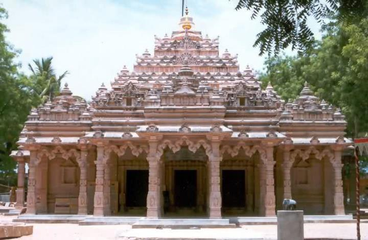 2,000-year-old Jain temple at Kulpakji